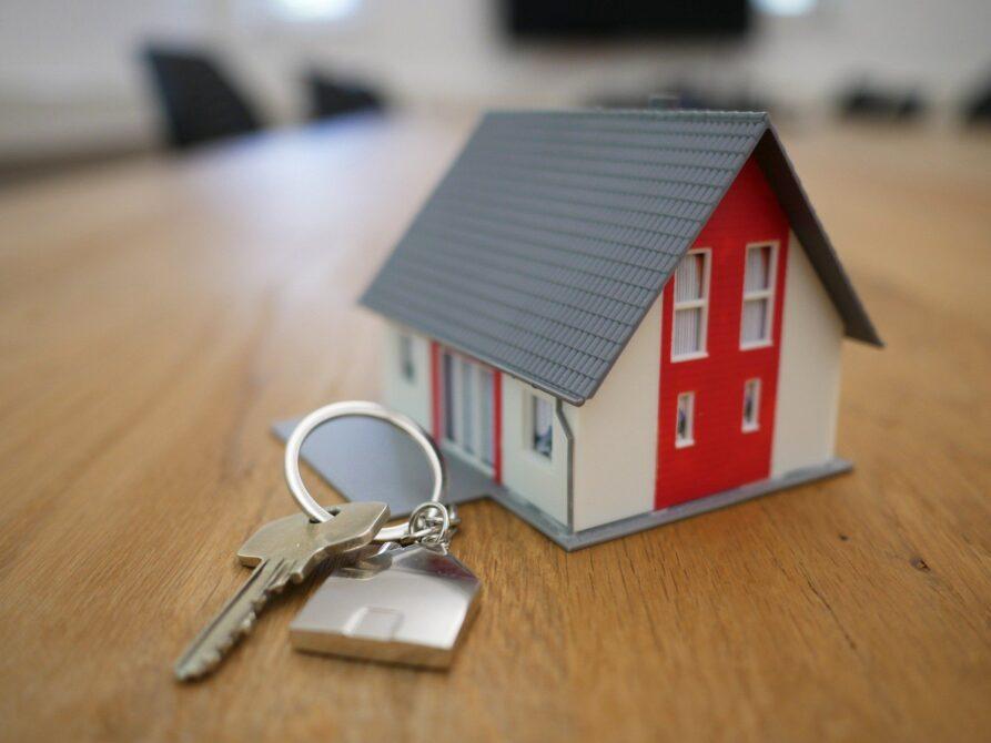 Sprzedaż mieszkania/domu z kredytem